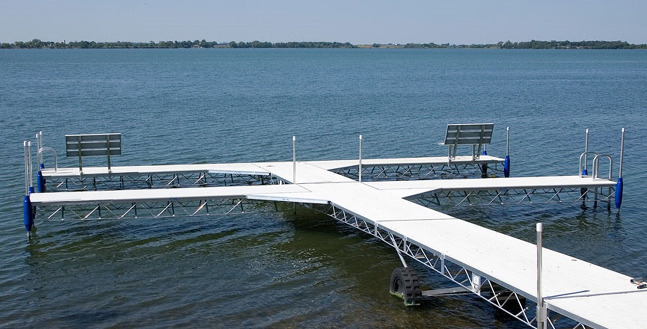 T shaped Roll-A-Dock