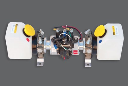 Dual synchronized hydraulic pumps for Straight Legs and Wide-Base Legs.